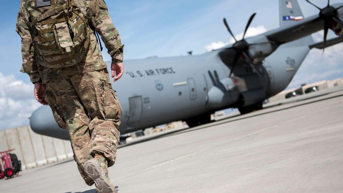 Military Family: How to Deal With Deployment