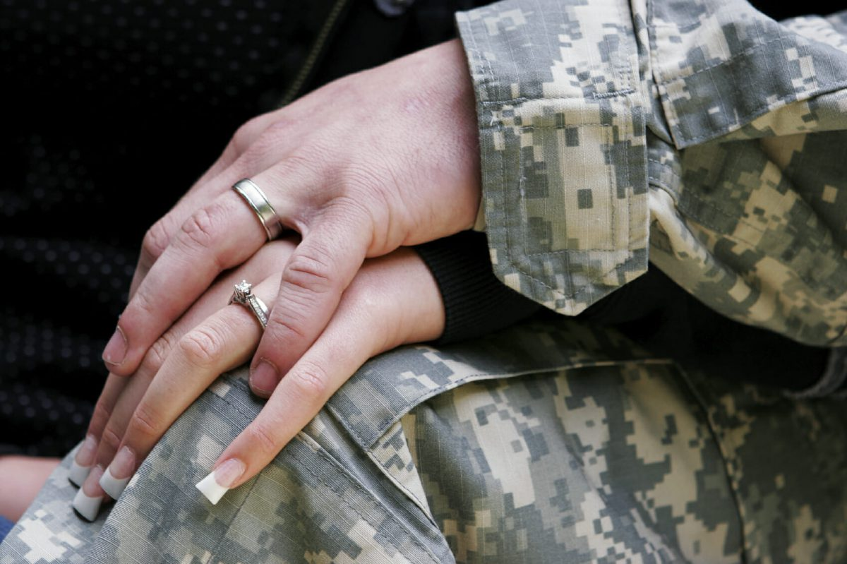 Dual Military Couples: What Benefits Are There?